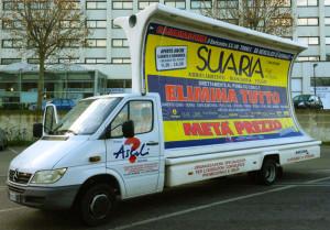 Camion Vela pubblicitario Svendita Suaria